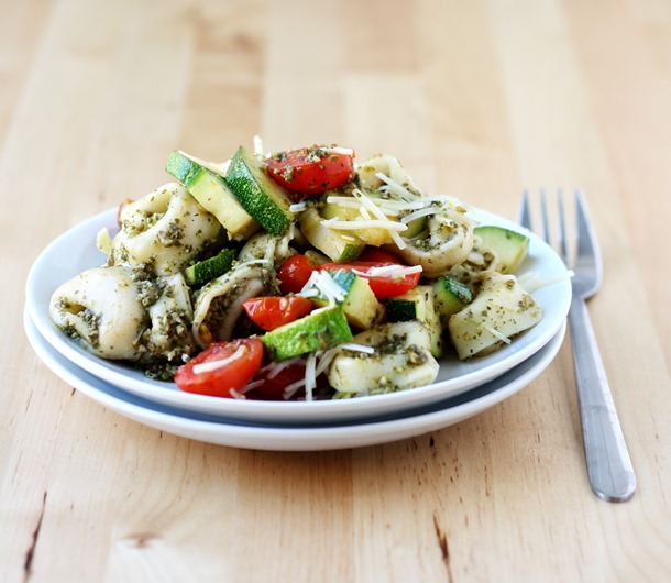 whole wheat cheese tortellini with pesto and summer veggies // cait's plate