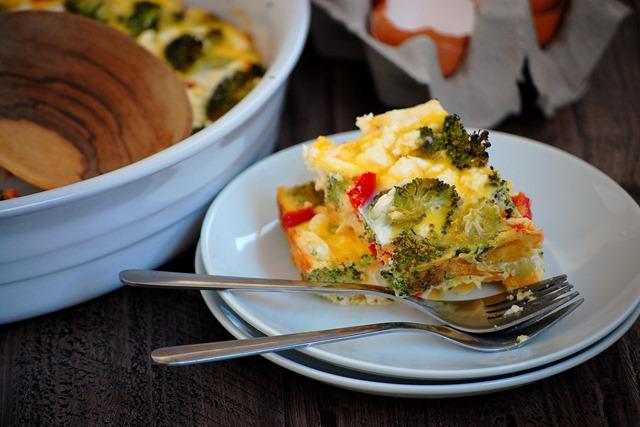 broccoli, pepper and feta egg bake // cait's plate