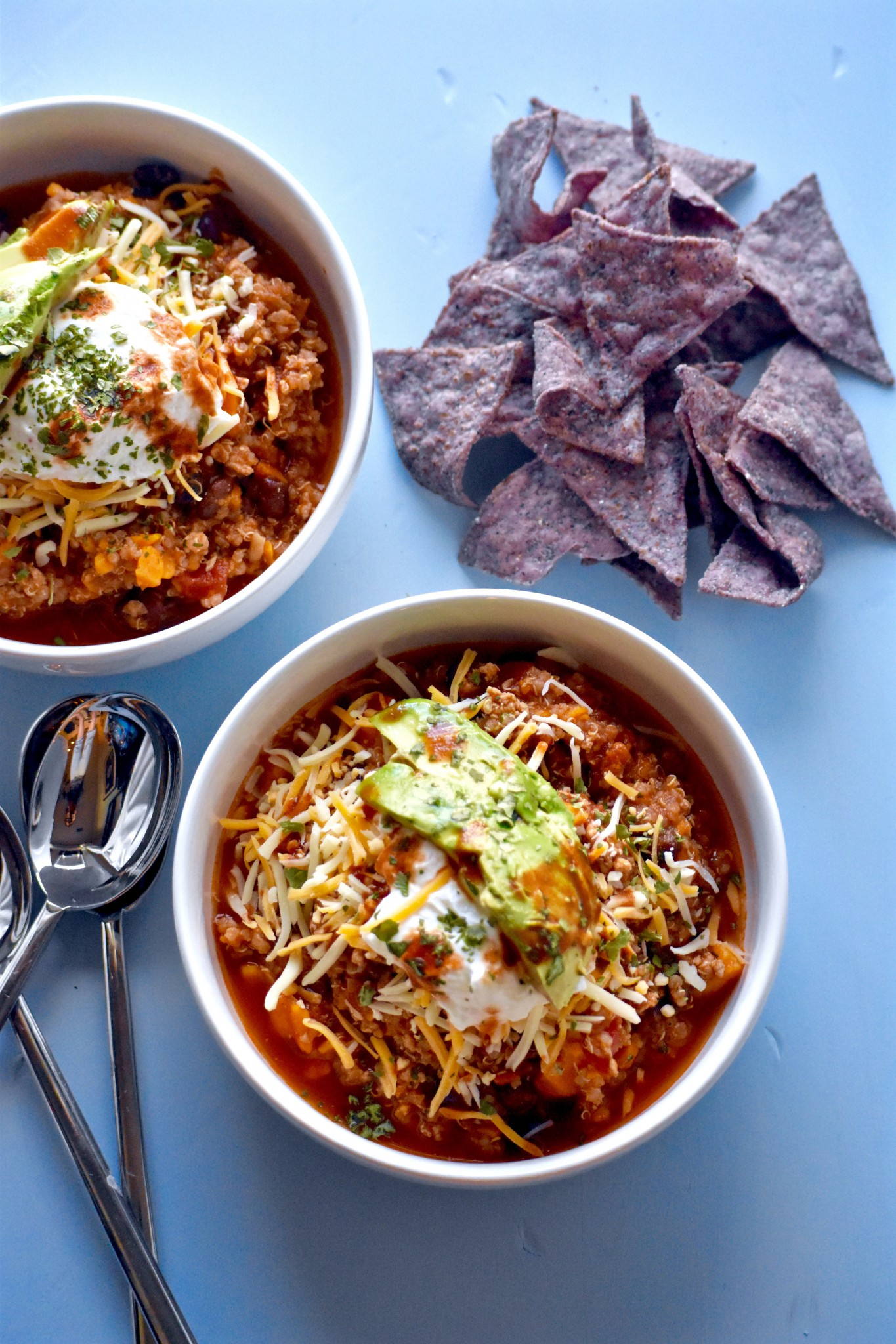 HEARTY BLACK BEAN, SWEET POTATO, QUINOA AND TURKEY CHILI