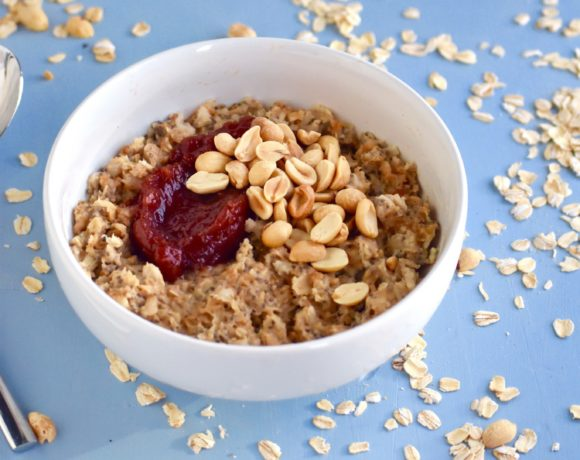 PEANUT BUTTER AND JELLY CHIA SEED OATMEAL