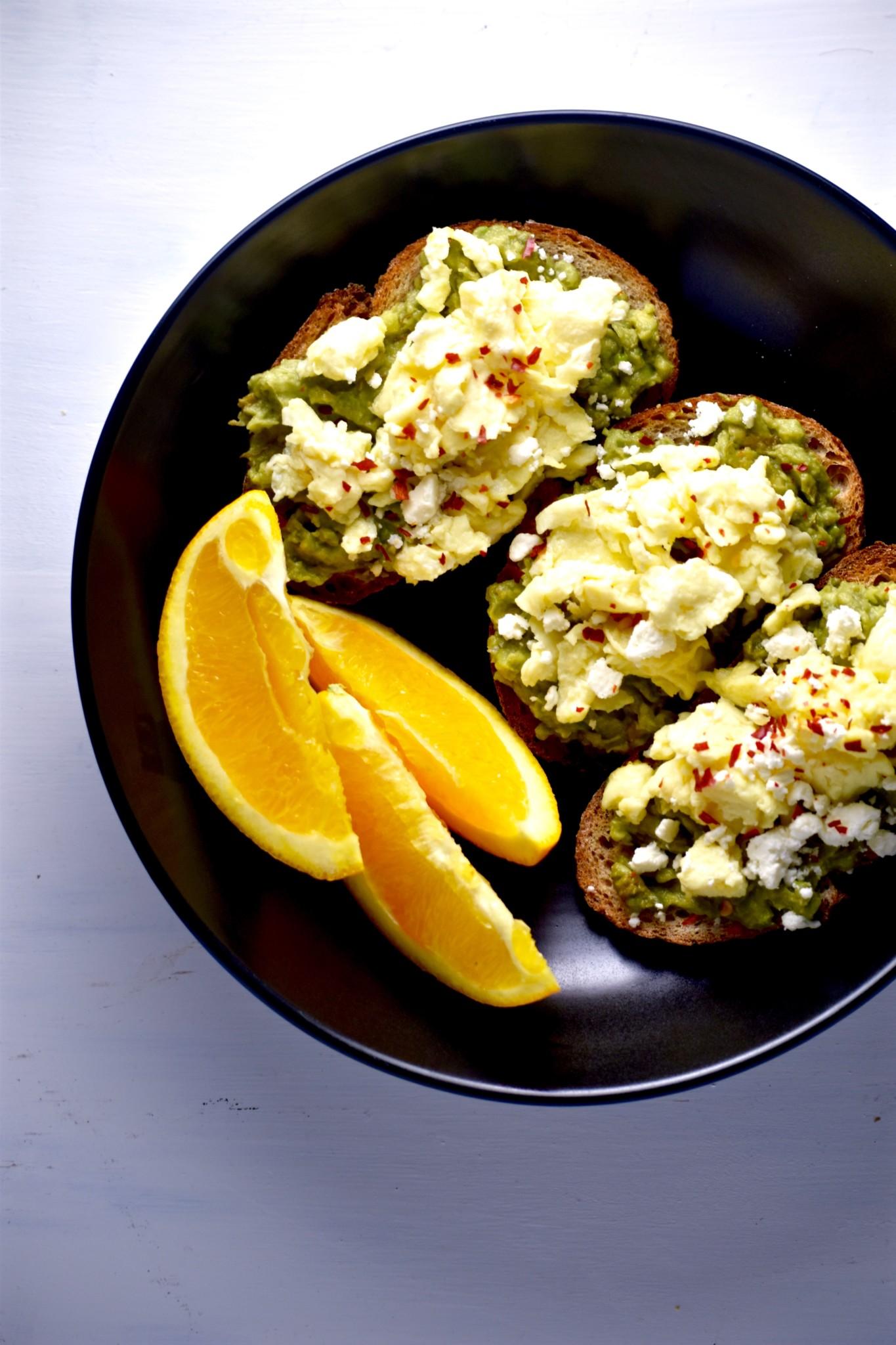 easy avocado egg & feta toasts