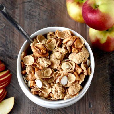apple cinnamon almond breakfast cereal