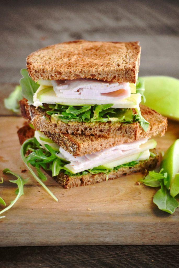 cheddar, apple & arugula turkey sandwich - a perfect lunch for the fall season // cait's plate