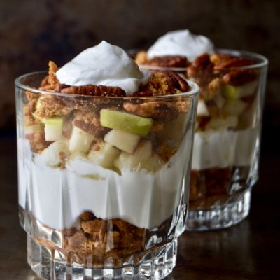4-ingredient pecan apple crisp parfait
