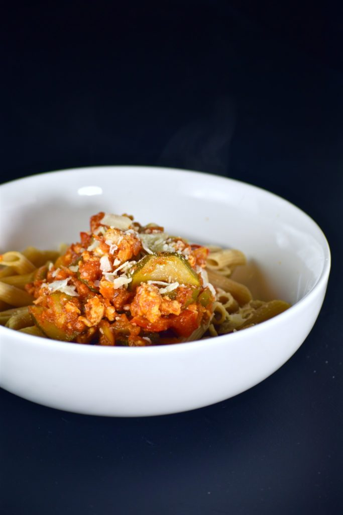 revamped sun-dried tomato basil turkey & veggie-packed pasta - comes together quickly and fills you up! // cait's plate