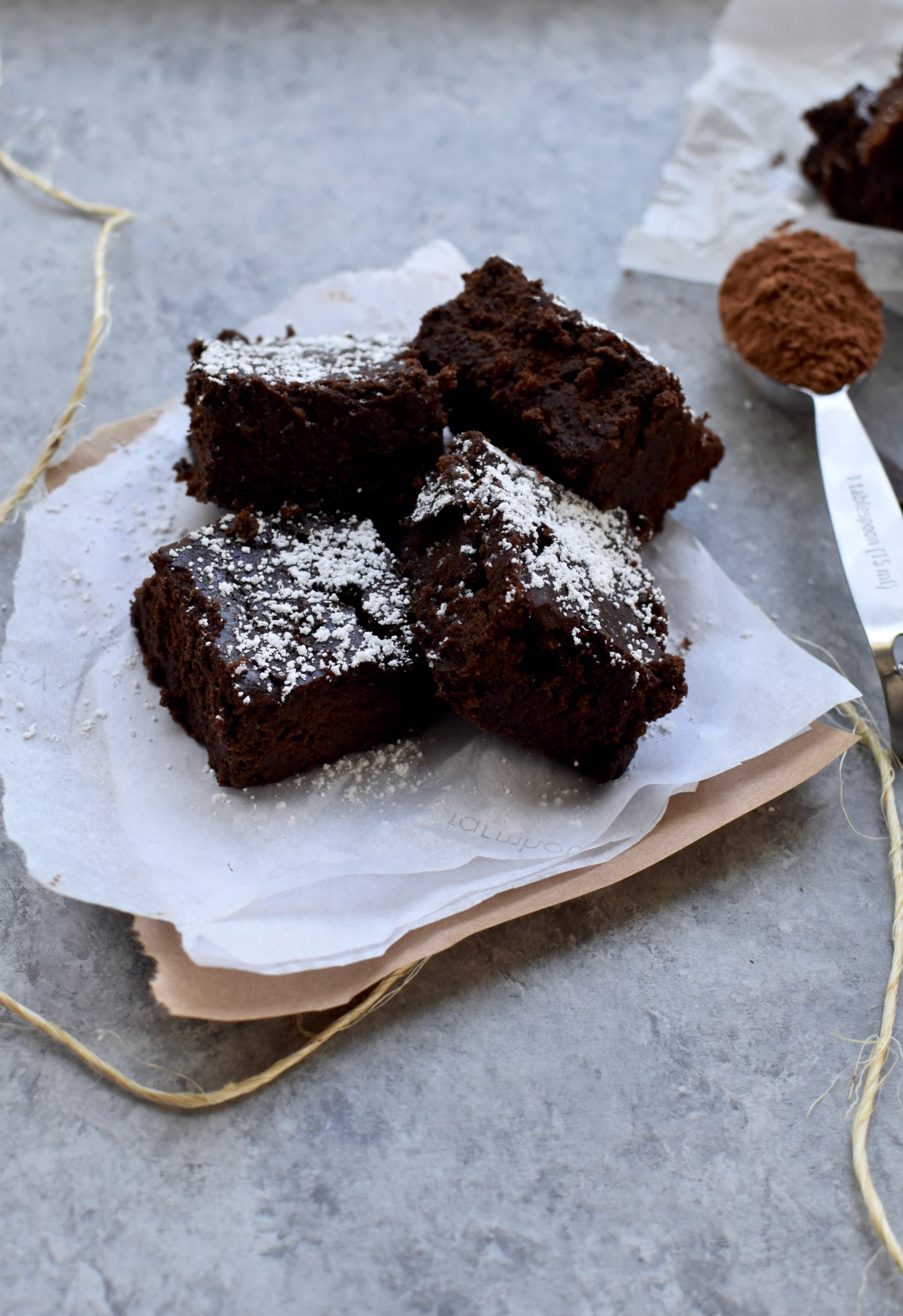 super fudgy gluten-free black bean brownies // cait's plate