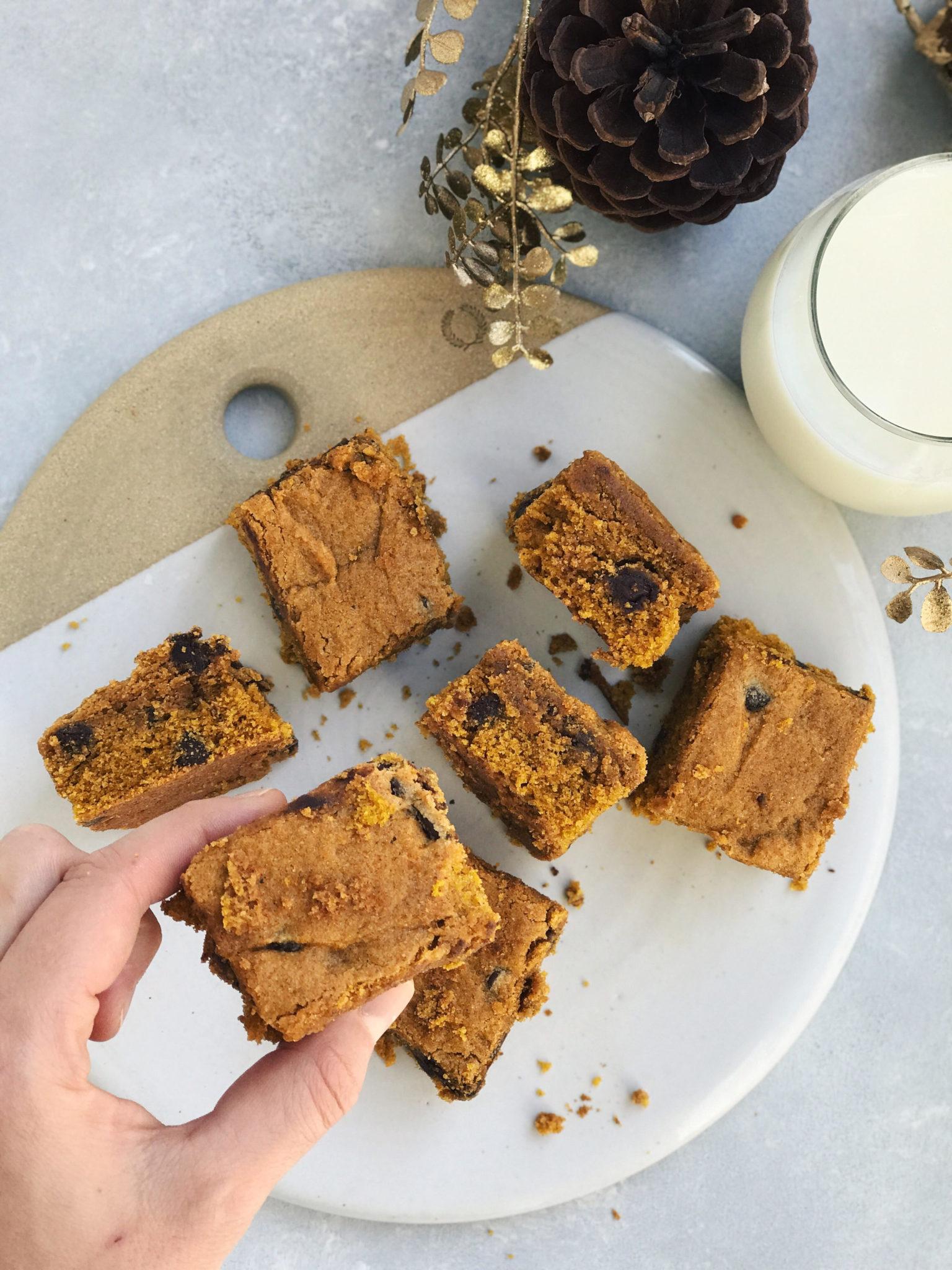 super soft whole grain pumpkin chocolate chip bars // cait's plate