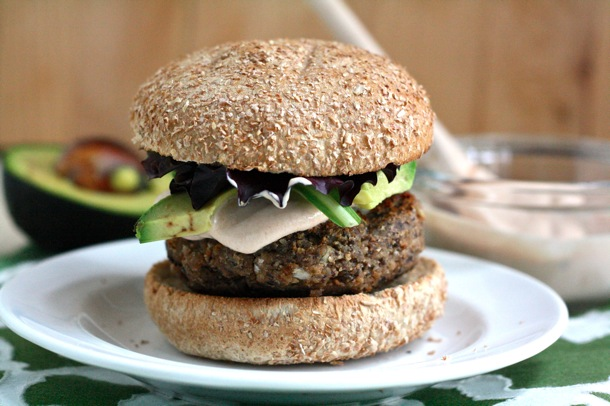 spicy black bean burgers with chipotle adobo dipping sauce // cait's plate