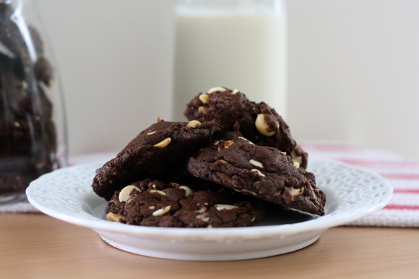triple chocolate (almost!) vegan everything cookies // cait's plate