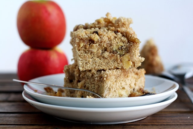 {whole grain apple coffee cake with walnut streusel} // cait's plate