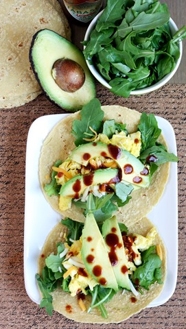 6-ingredient breakfast tacos // cait's plate