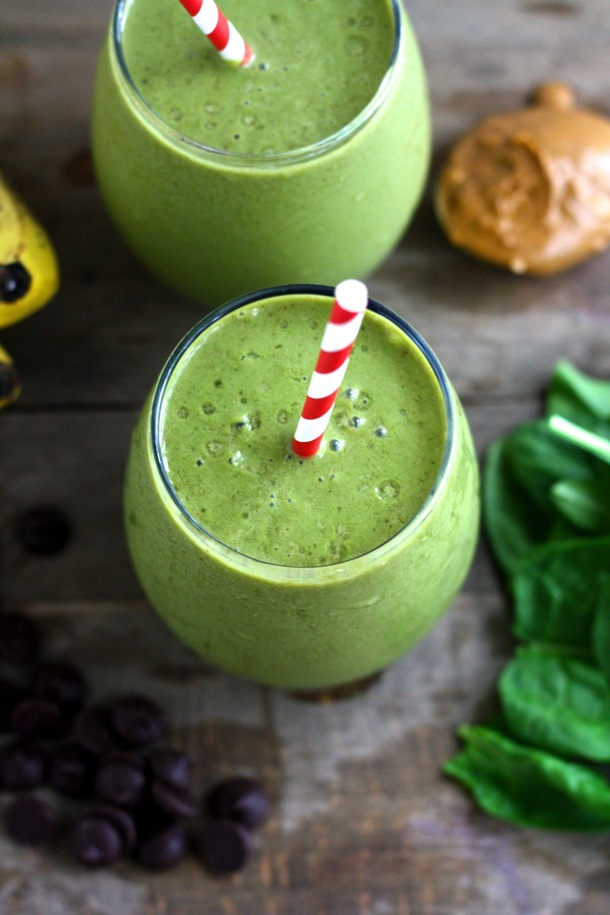 chocolate peanut butter green smoothie // cait's plate