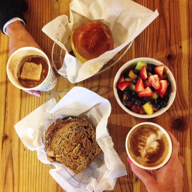 weekly eats on the road // cait's plate
