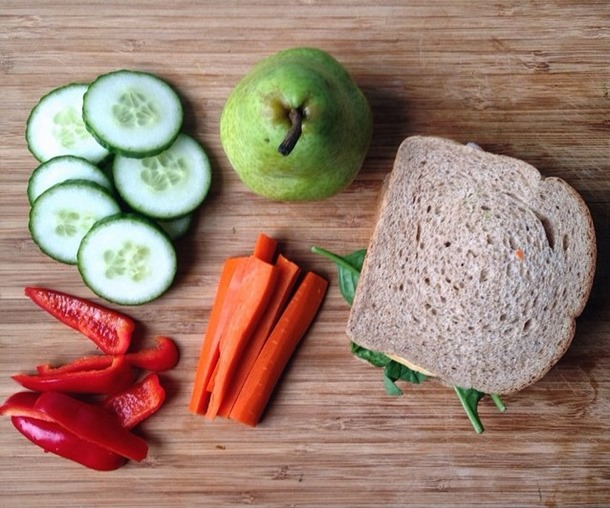 Healthy Eating on a Budget - week 9: A week of healthy meal ideas while sticking to a budget! // Cait's Plate