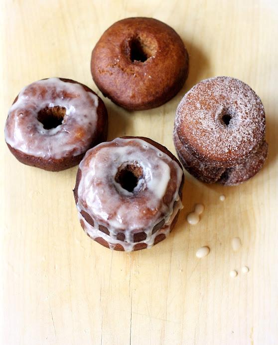 apple cider doughnuts // cait's plate