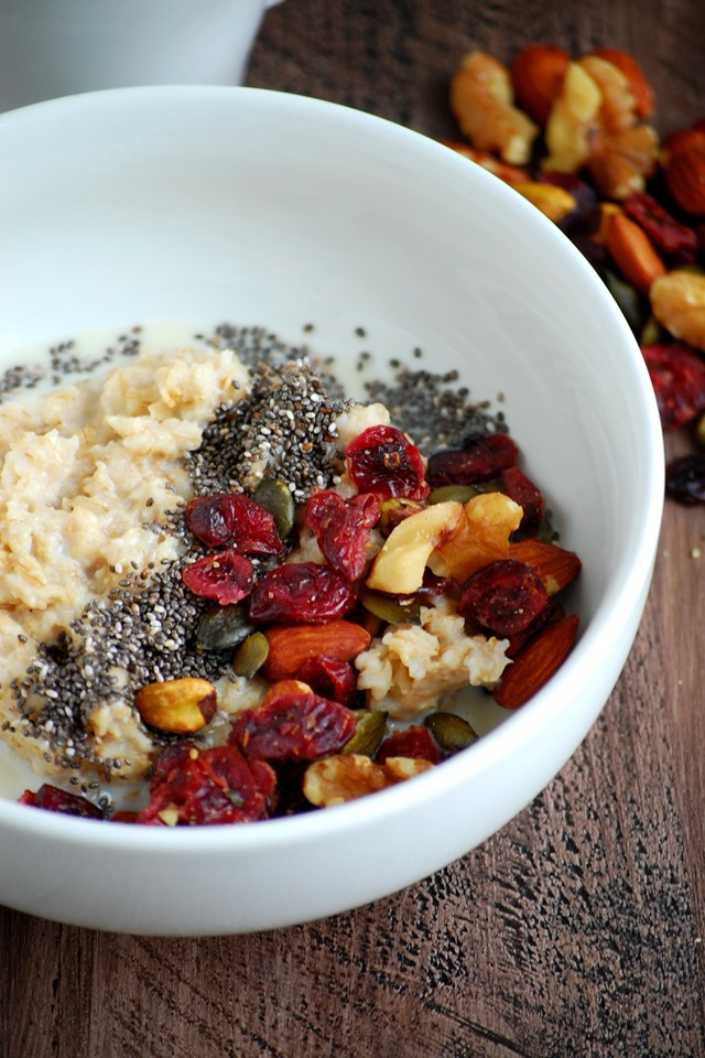 3-minute chia seed trail mix oatmeal - a filling and nutritious breakfast made in under 5 minutes // cait's plate