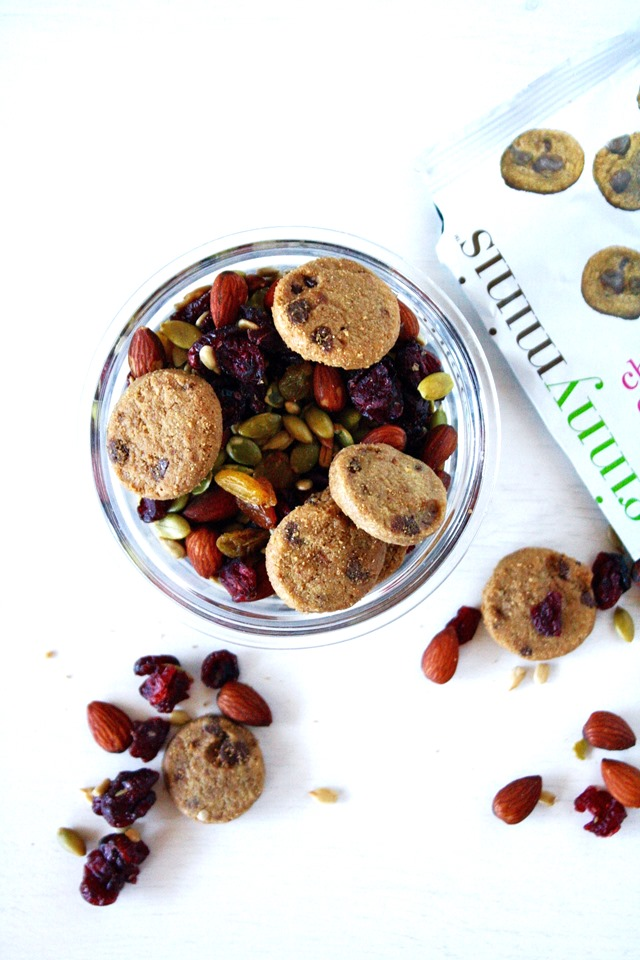 easy snacking with ginnyminis // cait's plate