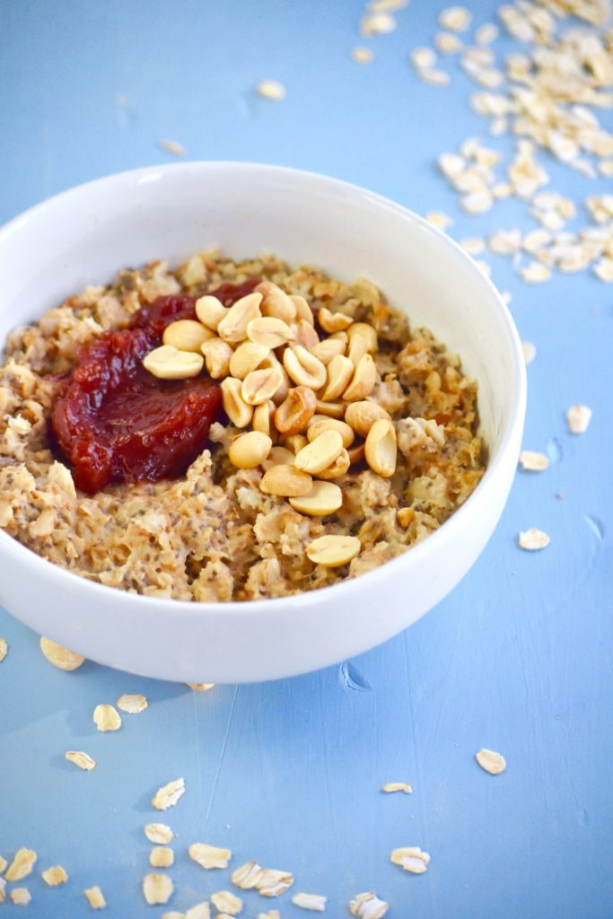 peanut butter and jelly chia seed oatmeal - a filling twist on a classic! // cait's plate