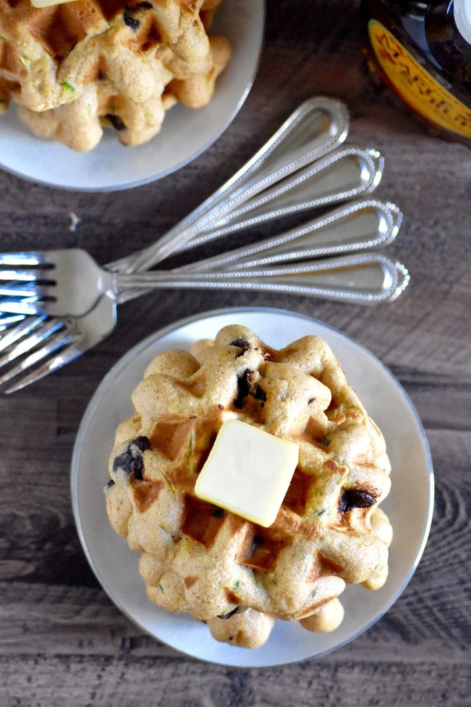 whole grain chocolate chip zucchini waffles - a delicious way to sneak some veggies into your morning! // cait's plate