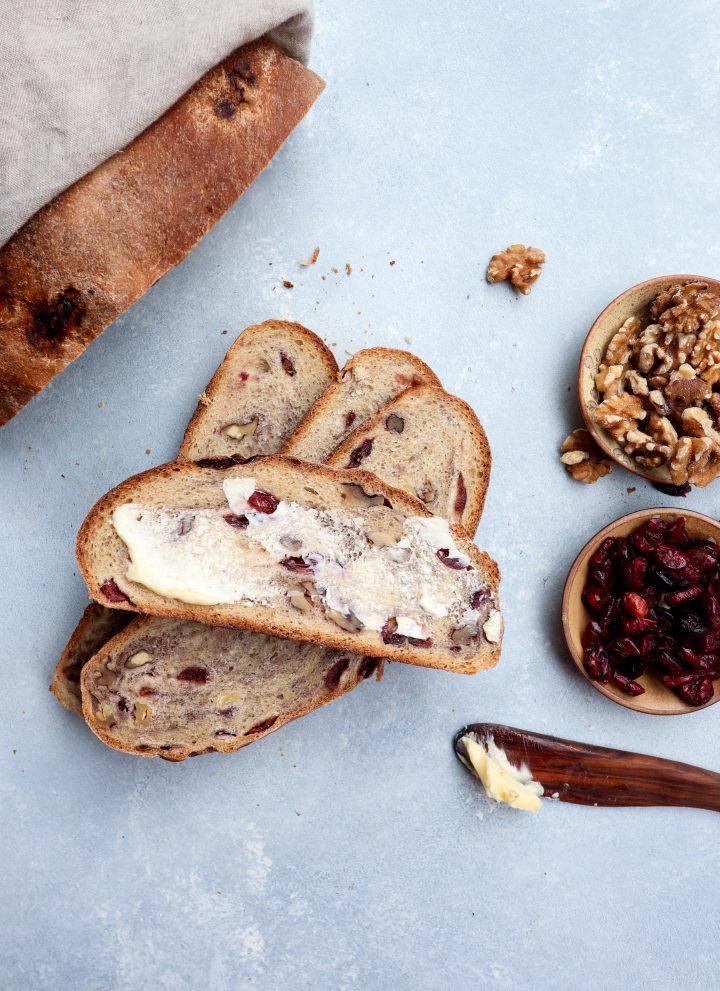 whole grain cranberry walnut bread // cait's plate