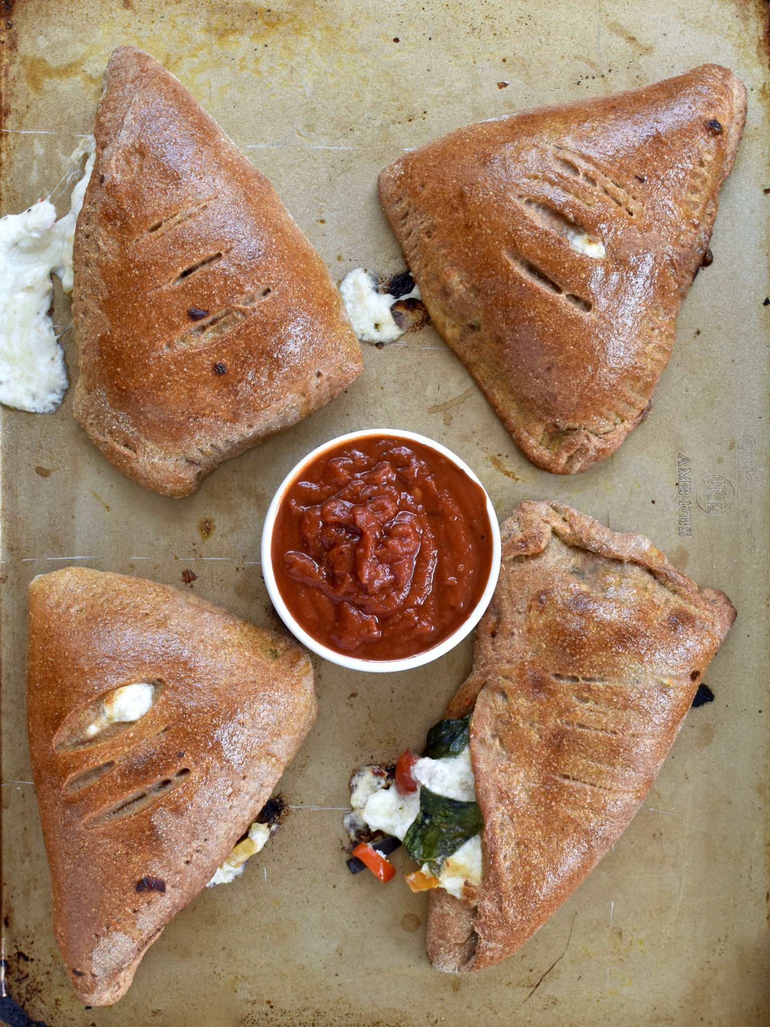 whole wheat vegetable calzones - easy, filling and delicious! // cait's plate