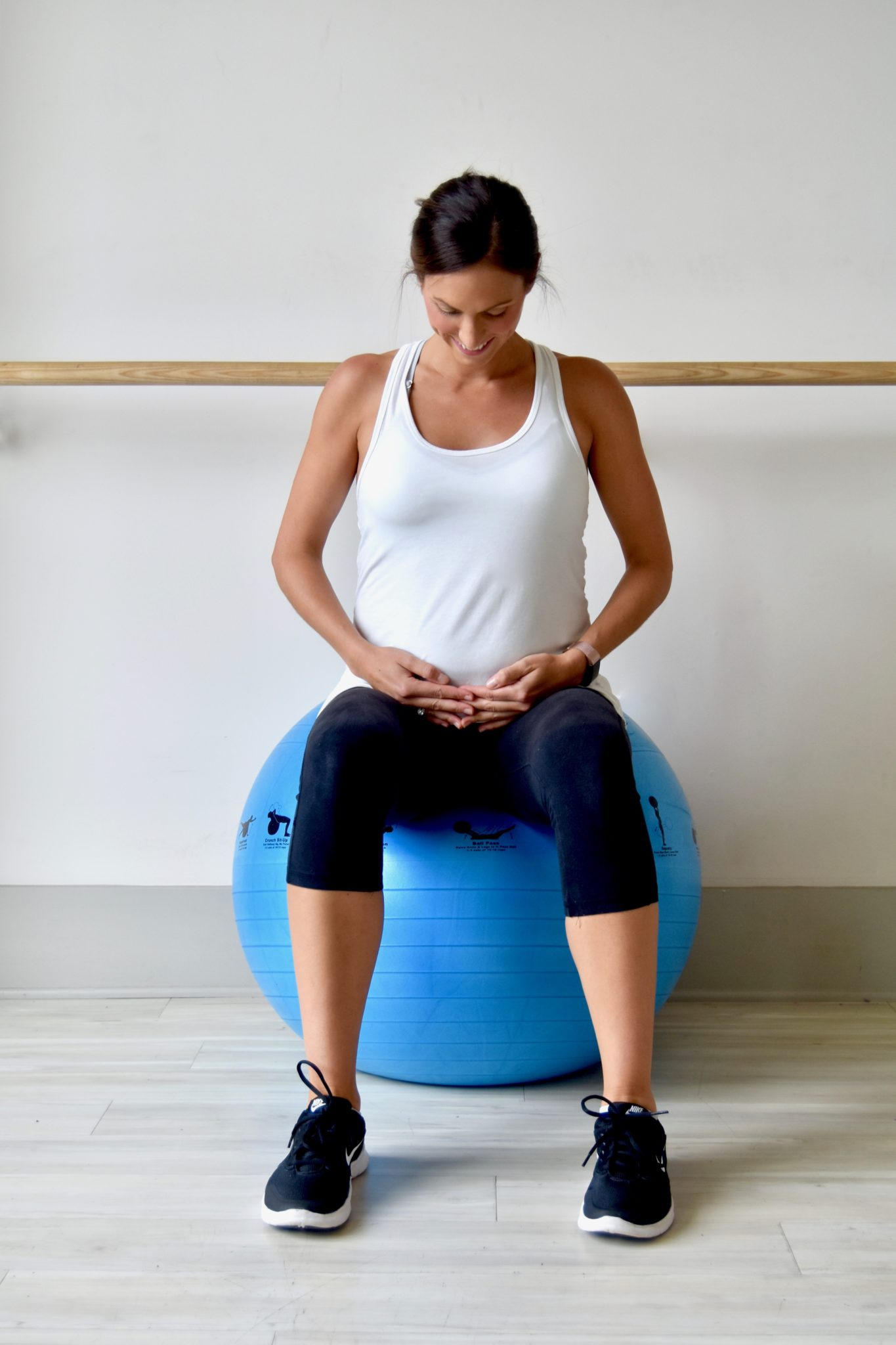 maternity workouts i'm loving // cait's plate