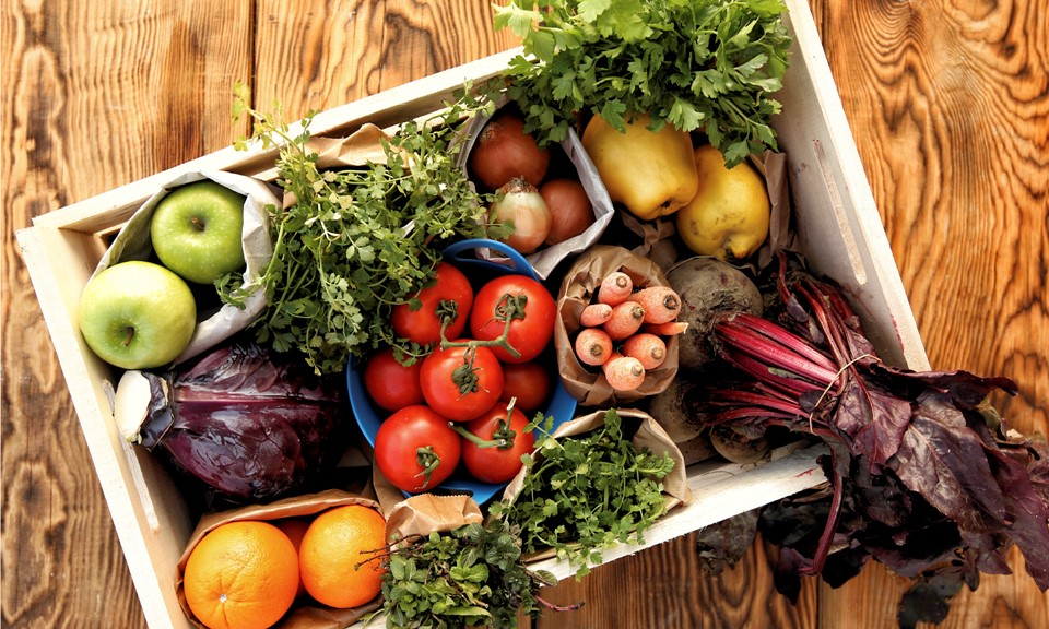 balanced on a budget: my favorite budget-friendly produce picks // cait's plate