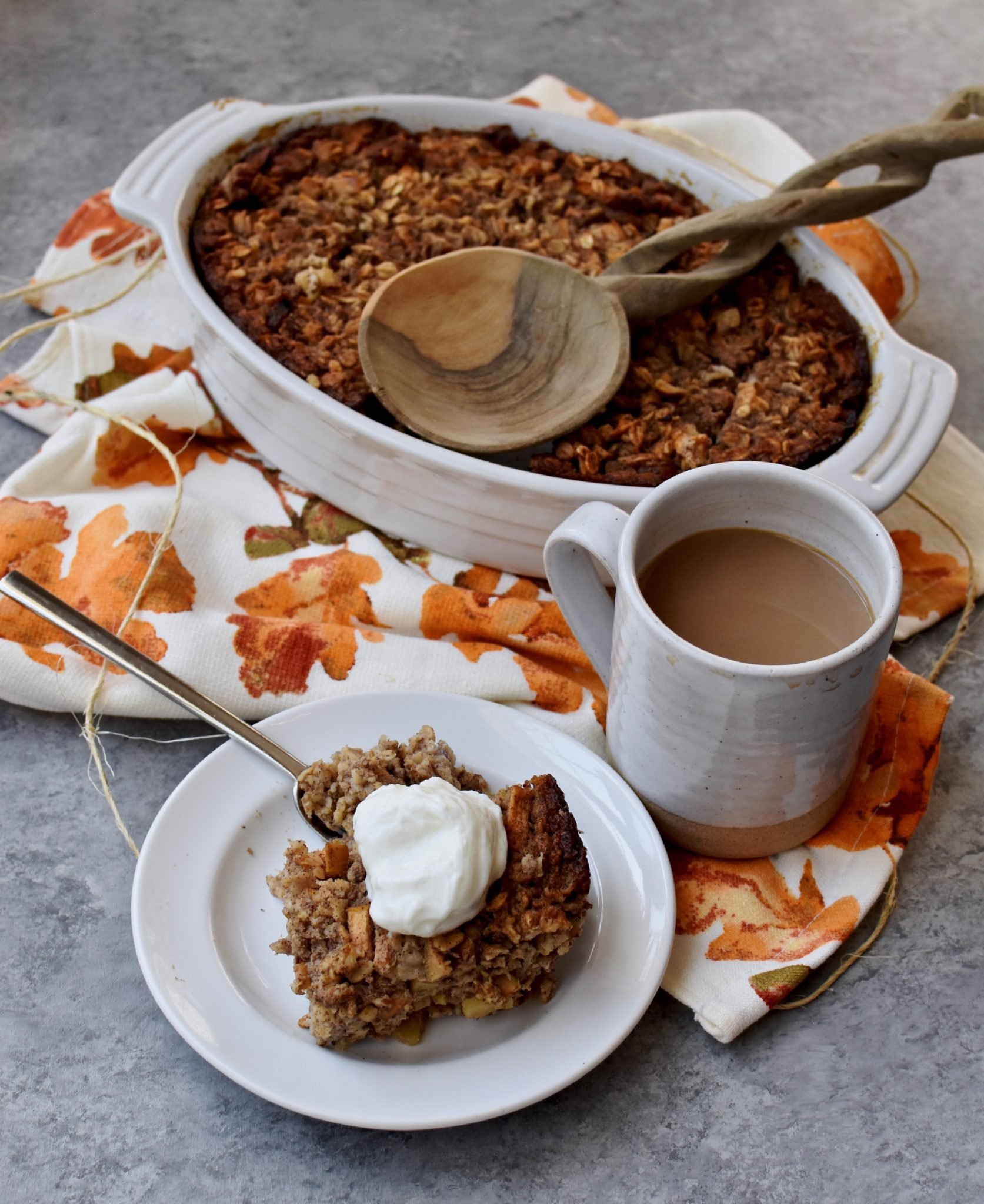 apple cinnamon walnut baked oatmeal // cait's plate