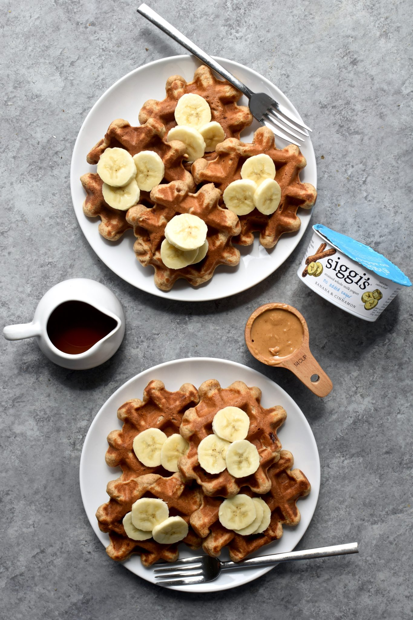 whole grain peanut butter banana cinnamon waffles // cait's plate