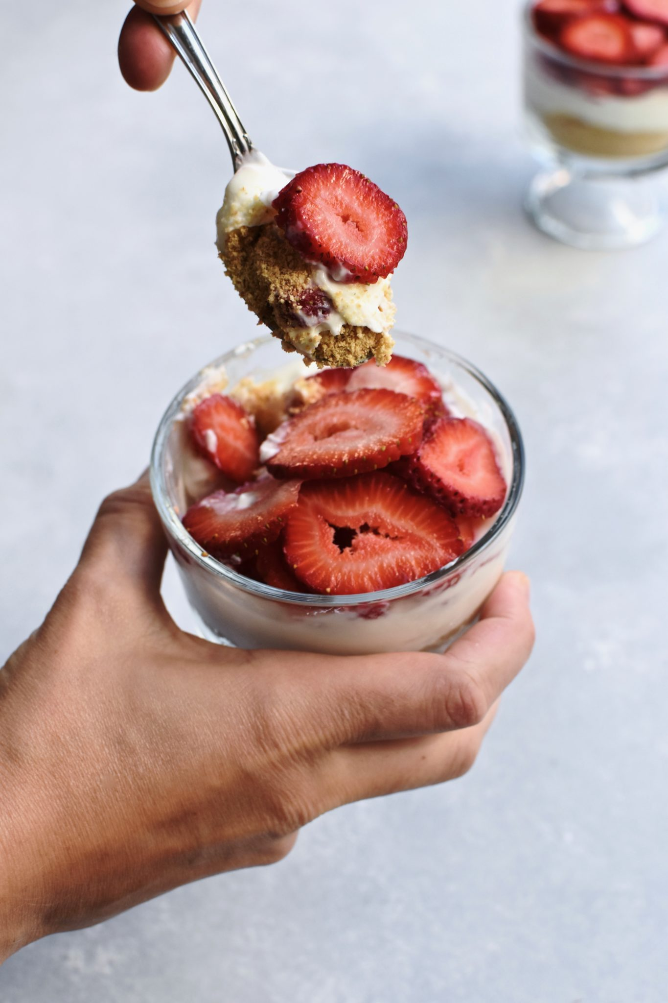 easy strawberry yogurt 'cheesecake' // cait's plate