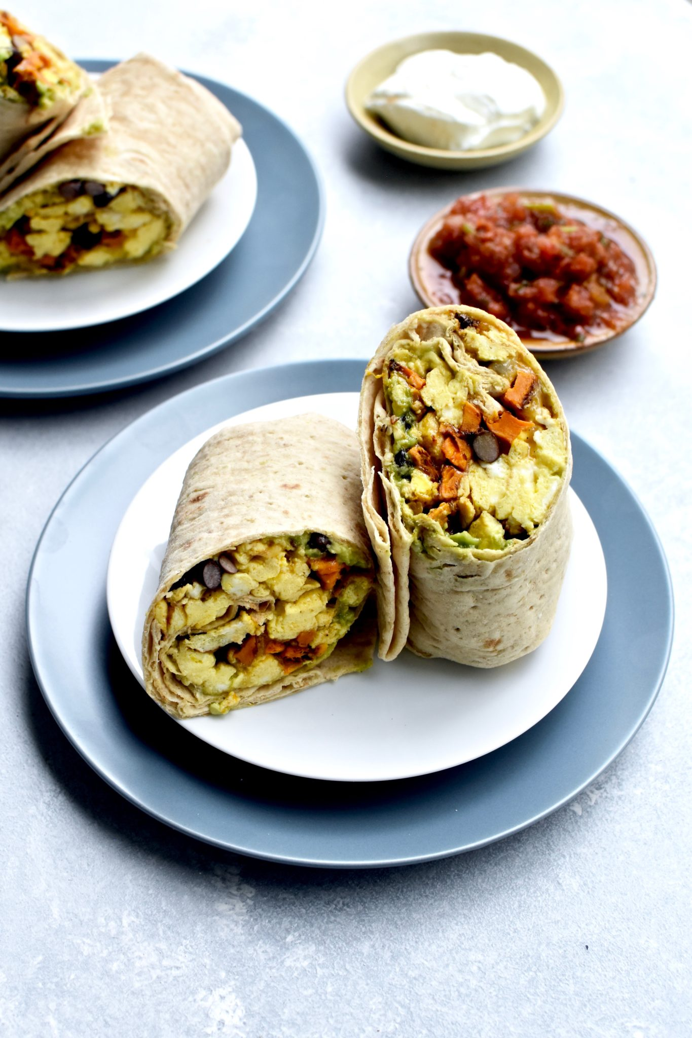 easy breakfast burritos // cait's plate