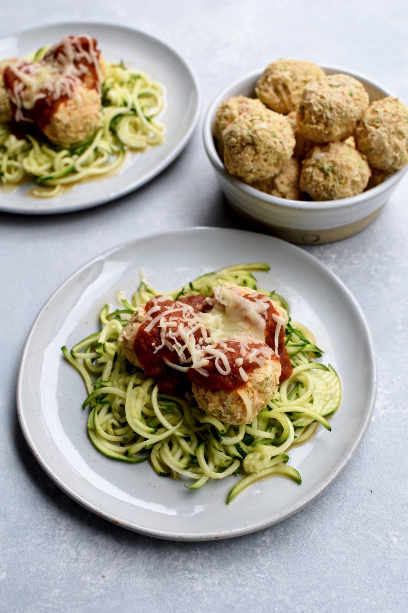 zucchini parmesan chicken meatballs // cait's plate