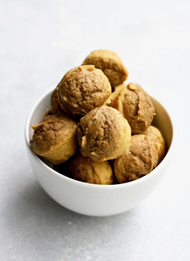 sugar-free apple carrot banana muffins // cait's plate
