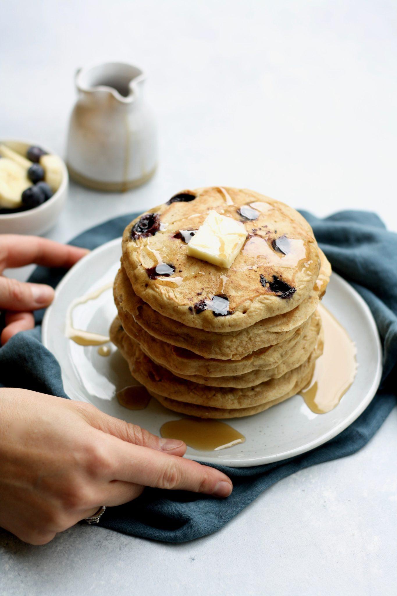 whole grain blueberry banana pancakes // cait's plate