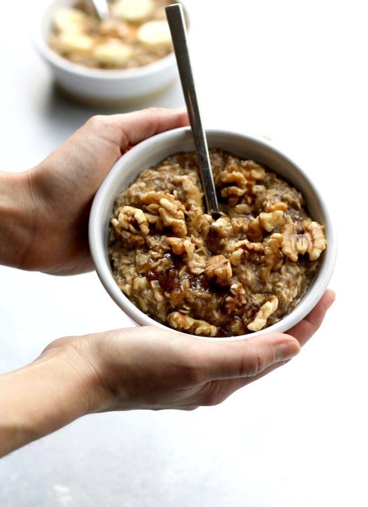 cinnamon banana oatmeal || cait's plate