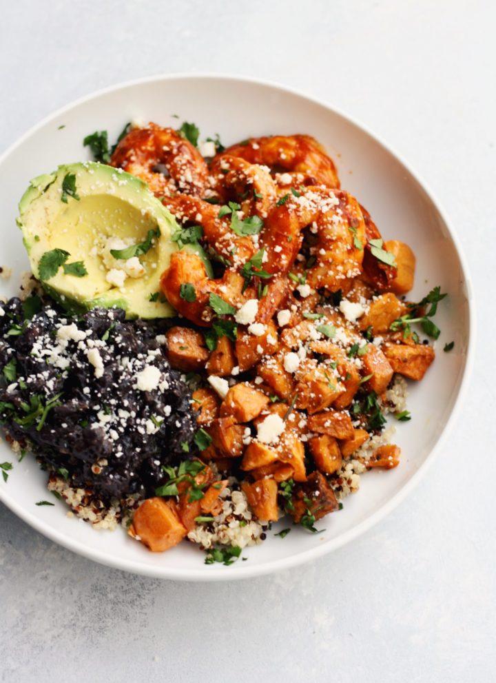 spicy shrimp & quinoa bowls // cait's plate