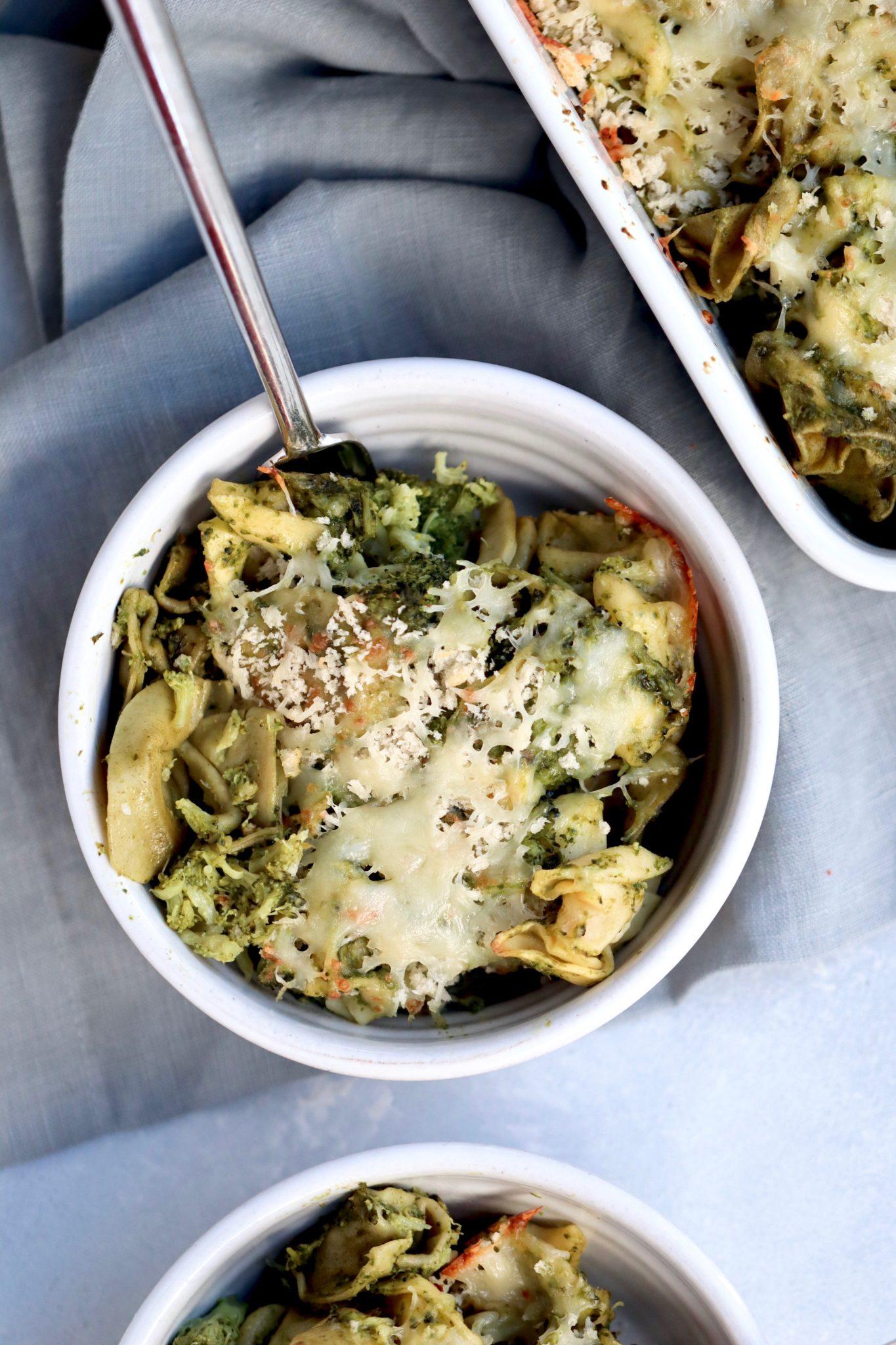 broccoli & spinach pesto tortellini bake // cait's plate