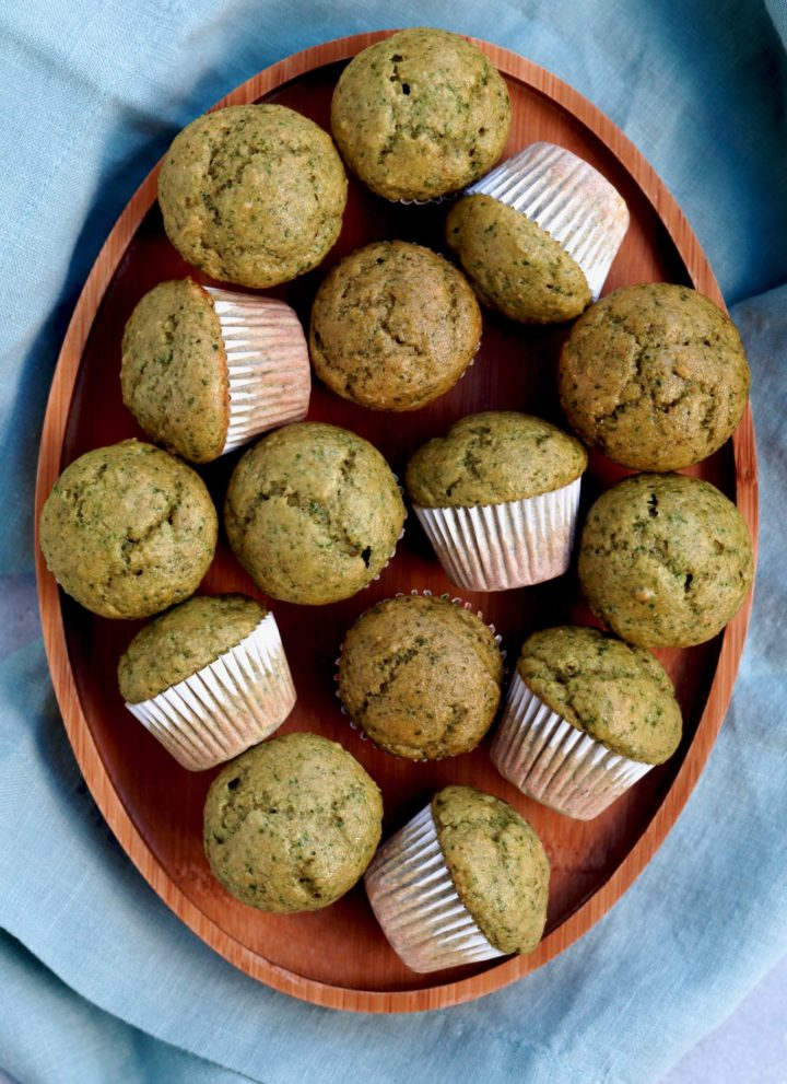 spinach & banana muffins // cait's plate