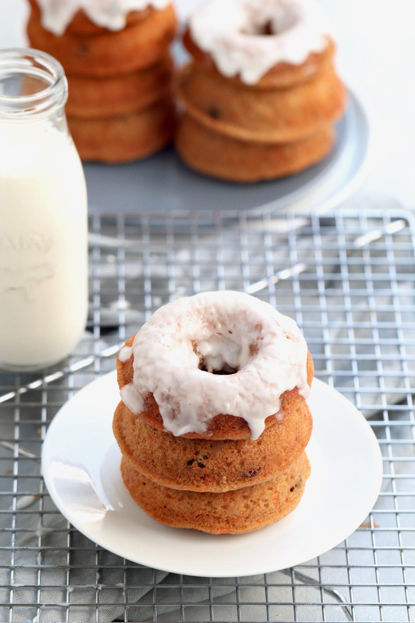 whole grain baked carrot raisin spice doughnuts // cait's plate