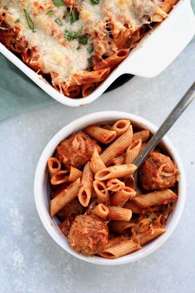 easy pasta meatball bake // cait's plate