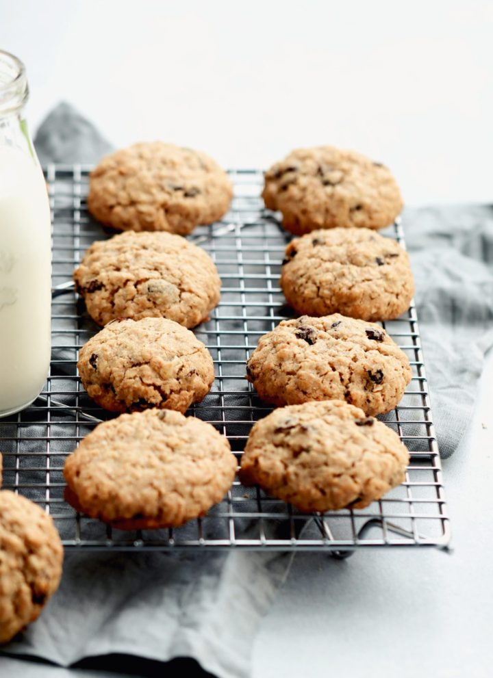 thick and chewy oatmeal raisin cookies // cait's plate