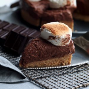 easy no-bake s'mores pie // cait's plate