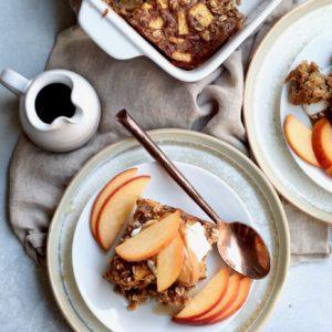 peanut butter peach baked oatmeal // cait's plate