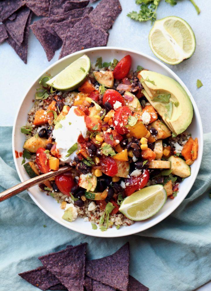 confetti veggie mexican quinoa bowl // cait's plate