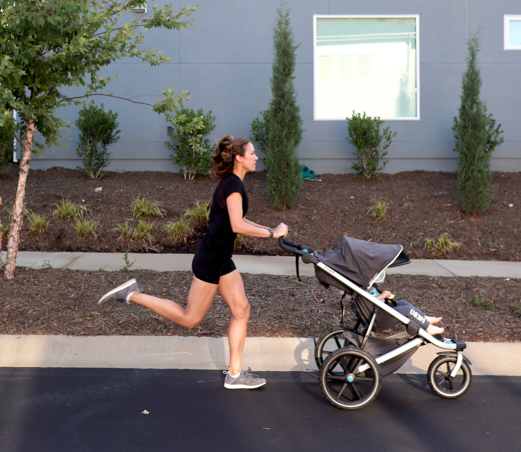 my go-to gear for running with a toddler // cait's plate