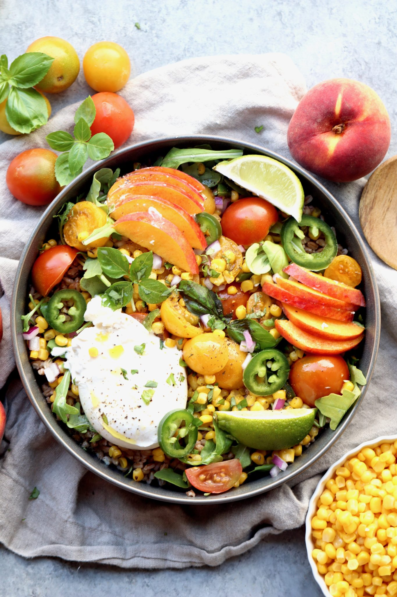 spicy corn, tomato, peach & burrata farro bowl // cait's plate