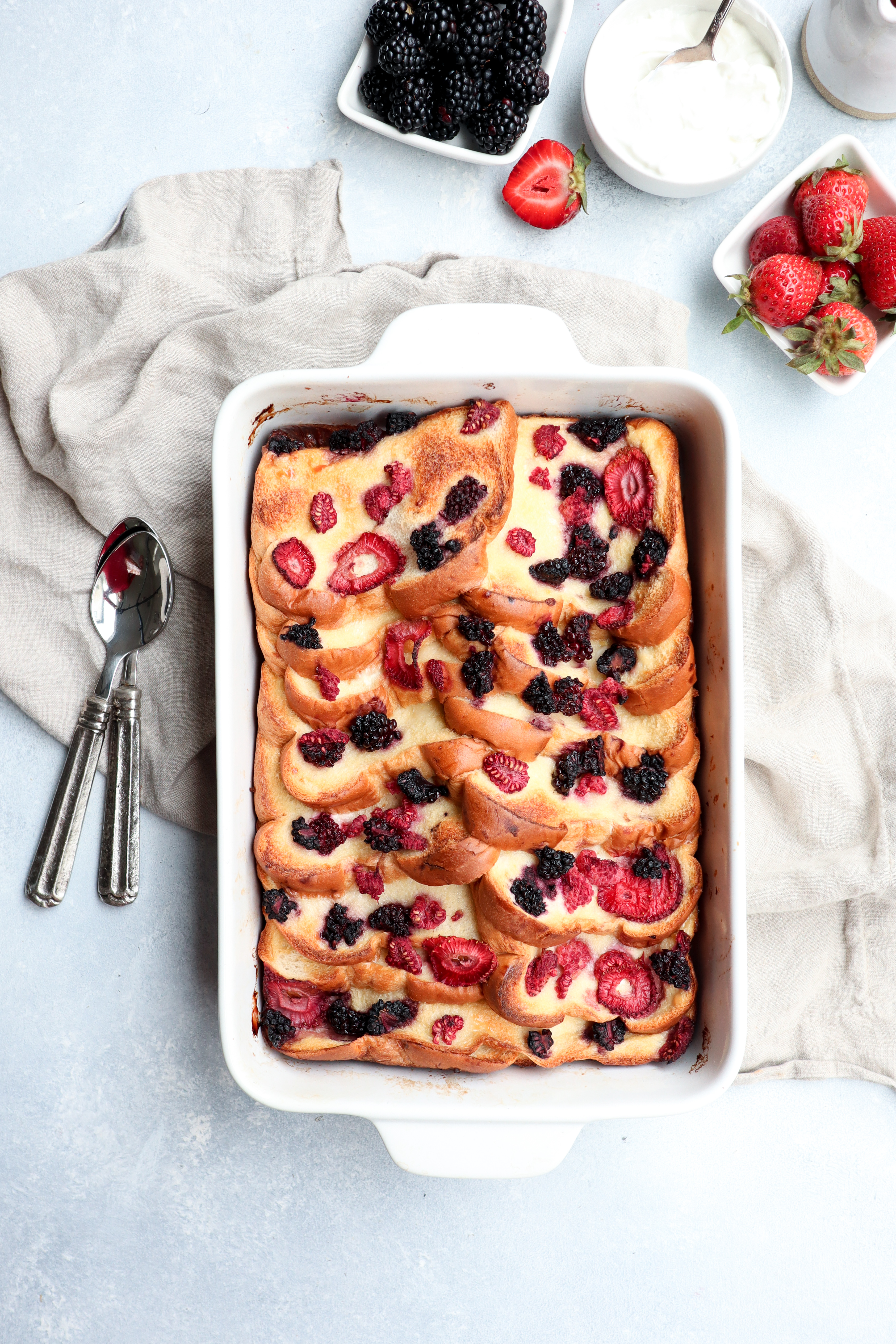 make-ahead baked yogurt & mixed berry french toast casserole // cait's plate