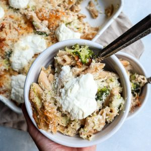 whole wheat broccoli & greek yogurt baked mac & cheese // cait's plate
