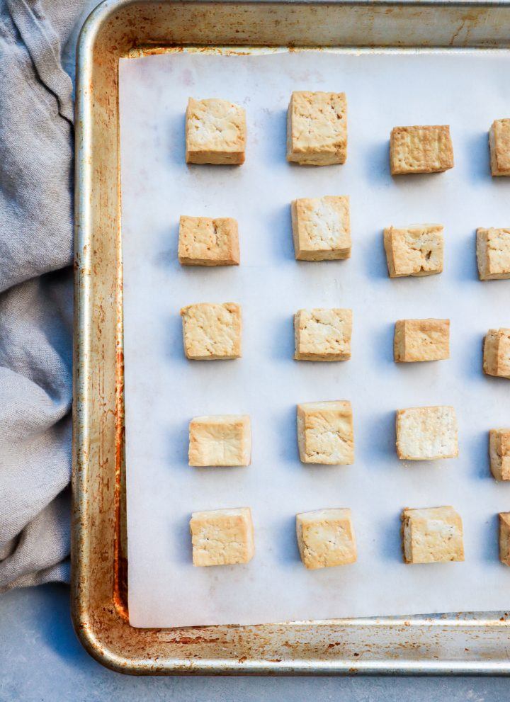 easy baked tofu // cait's plate