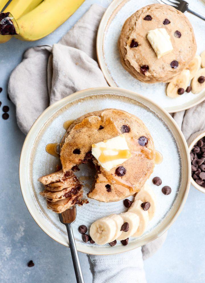 whole grain chocolate chip banana pancakes // cait's plate
